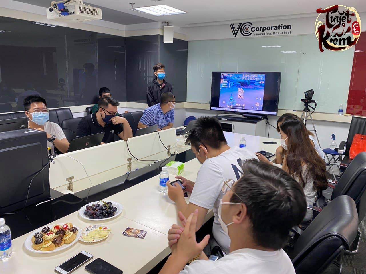 """Chính tay trải nghiệm, Tuyệt Kiếm Cổ Phong được """"bảo chứng"""" bởi loạt VIP khủng làng game: """"Đẹp không tì vết, PK tay xuất sắc!"""" - Ảnh 11."""