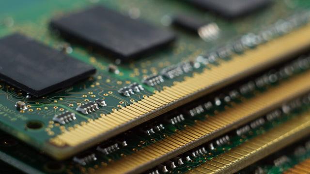 Card màn hình bão giá đã đành, giờ đến lượt RAM có nguy cơ tăng giá đến 25% - Ảnh 1.