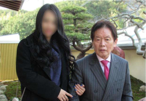 Cái kết đắng của đại gia kết hôn với diễn viên 18+ Nhật Bản: Bị cô vợ kém 55 tuổi sát hại, 3 năm sau mới bị bắt - Ảnh 3.