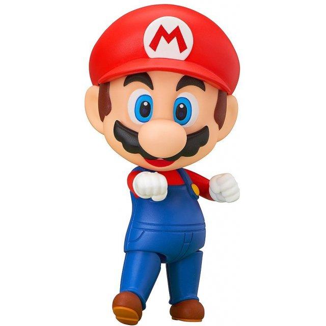"""Cosplay Mario phiên bản ngực """"khủng"""", Lê Bống """"hút mắt"""" anh em game thủ với đường cong săn chắc - Ảnh 1."""