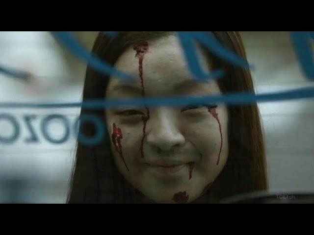CĐM phát hãi với nhân vật cô gái váy đỏ đứng bốt điện thoại trong phim Nhật Bản, nhìn cái mặt đã muốn ói - Ảnh 5.