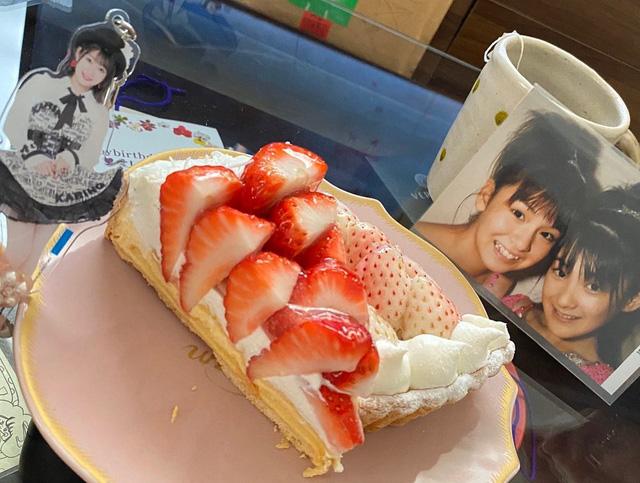 Hội bạn thân của Yua Mikami: Toàn hot girl đình đám, xinh đẹp chẳng hề kém idol quốc dân - Ảnh 3.