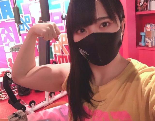 Xuất hiện tân binh máy ủi của làng phim 18+, hot girl cơ bắp cuồn cuộn, mạnh mẽ khiến đồng nghiệp phải hoảng sợ - Ảnh 5.