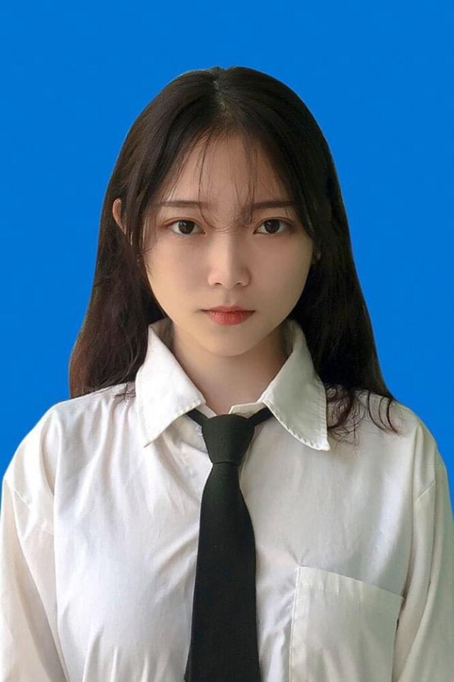 Diện trang phục thả rông tới 90% vòng một, nữ streamer Việt nhận về nhiều ý kiến trái chiều - Ảnh 3.