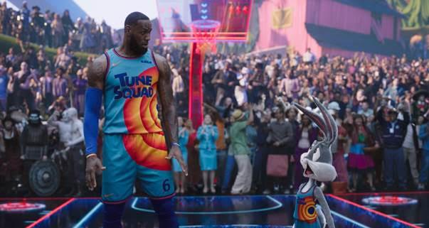 Space Jam: Huyền thoại LeBron James dẫn dắt đội hình toàn sao quyết đấu với các robot biết chơi bóng rổ? - Ảnh 5.