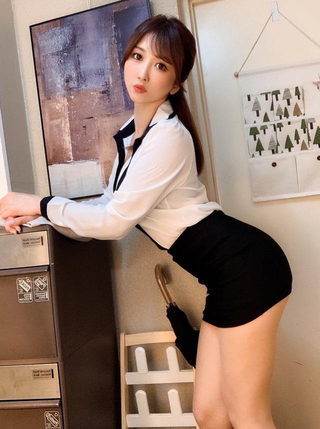 Loạt mỹ nhân 18+ xinh đẹp sở hữu đường cong quyến rũ nhất nhì Nhật Bản - Ảnh 8.