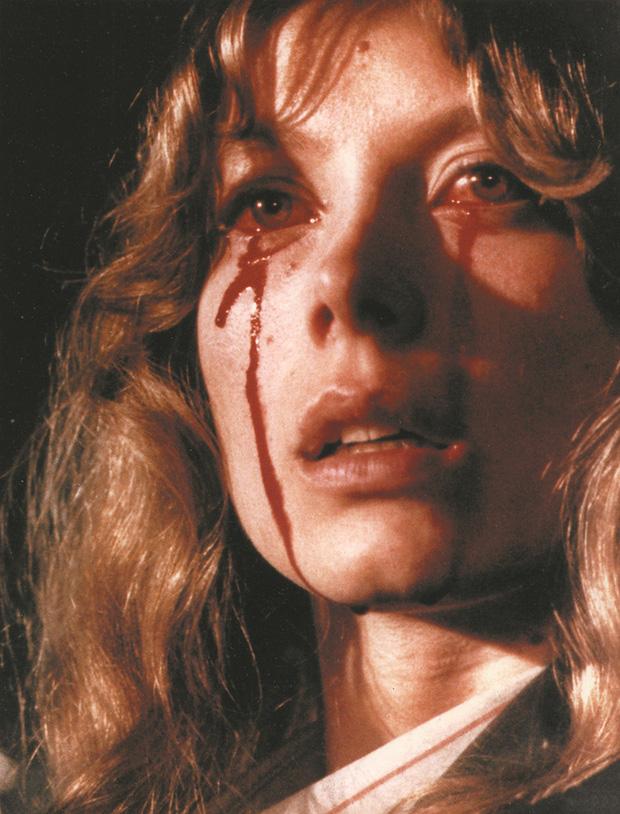 5 cảnh ghê rợn nhất dòng phim xác sống: Ói ra nội tạng chưa đáng sợ bằng ân ái với zombie - Ảnh 5.