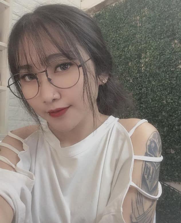 Sở hữu những hình xăm khủng các nữ streamer Việt tự tin thể hiện cá tính, góp phần xóa nhòa định kiến xã hội - Ảnh 7.