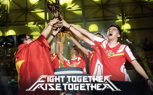 """Sau hai năm, ADC mới tiết lộ chiến thắng của Team Flash tại AWC 2019 có """"bàn tay"""" của kẻ thứ 3 - Ảnh 1."""