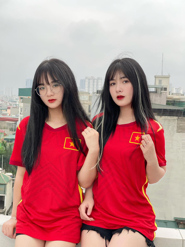 """Tuyển nhà chính thức đoạt vé dự vòng loại thứ 3 World Cup 2022, loạt hot girl làng game có hành động """"ăn mừng"""" độc đáo - Ảnh 5."""