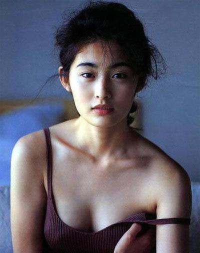 Nhìn những gương mặt tuyệt sắc này thì ai còn dám nói điện ảnh Nhật thiếu bóng dáng mỹ nhân? - Ảnh 4.