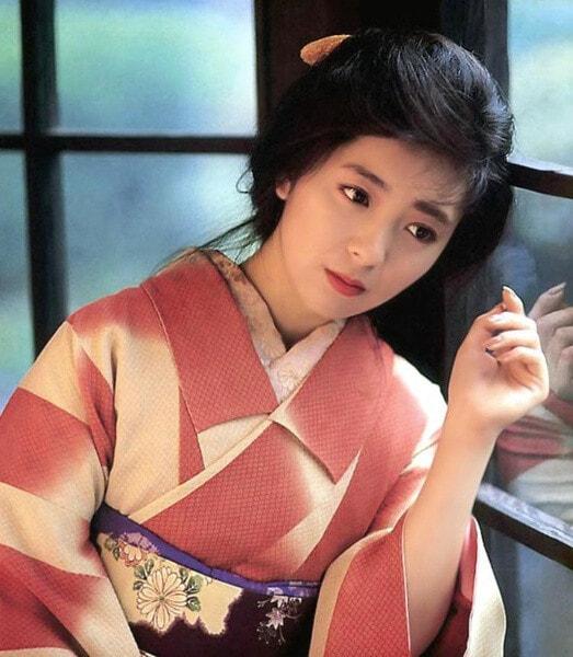 Nhìn những gương mặt tuyệt sắc này thì ai còn dám nói điện ảnh Nhật thiếu bóng dáng mỹ nhân? - Ảnh 12.