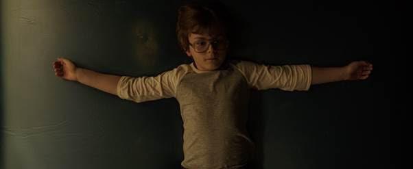 Xứng đáng bom tấn phim kinh dị, The Conjuring: Ma Xui Quỷ Khiến tung trailer cuối ám ảnh đến tột độ - Ảnh 4.