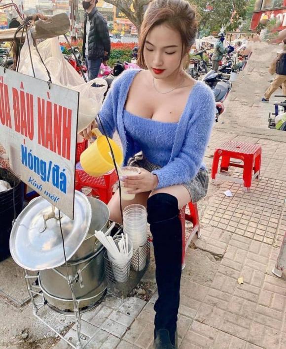 Mặc đồ sexy, khoe vai trần khi bán sữa đậu nành, gái xinh gây xôn xao mạng xã hội vì hình ảnh phản cảm - Ảnh 5.