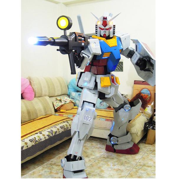 Xuất hiện bộ giáp mô phỏng Gundam phiên bản đời thực, người thường có thể mặc vào là hóa robot như trong phim - Ảnh 5.