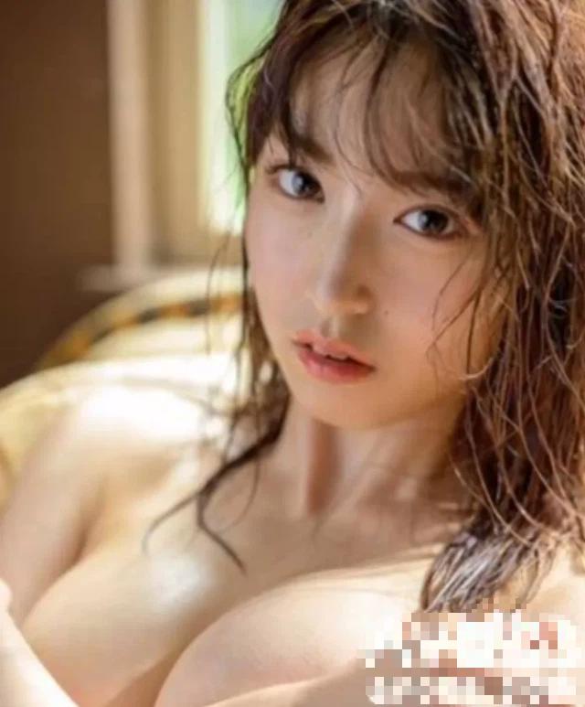 Ngược đời studio phim 18+ Nhật Bản, cố tình dìm hàng diễn viên bìa đĩa, thực tế lại là hot girl triển vọng - Ảnh 4.