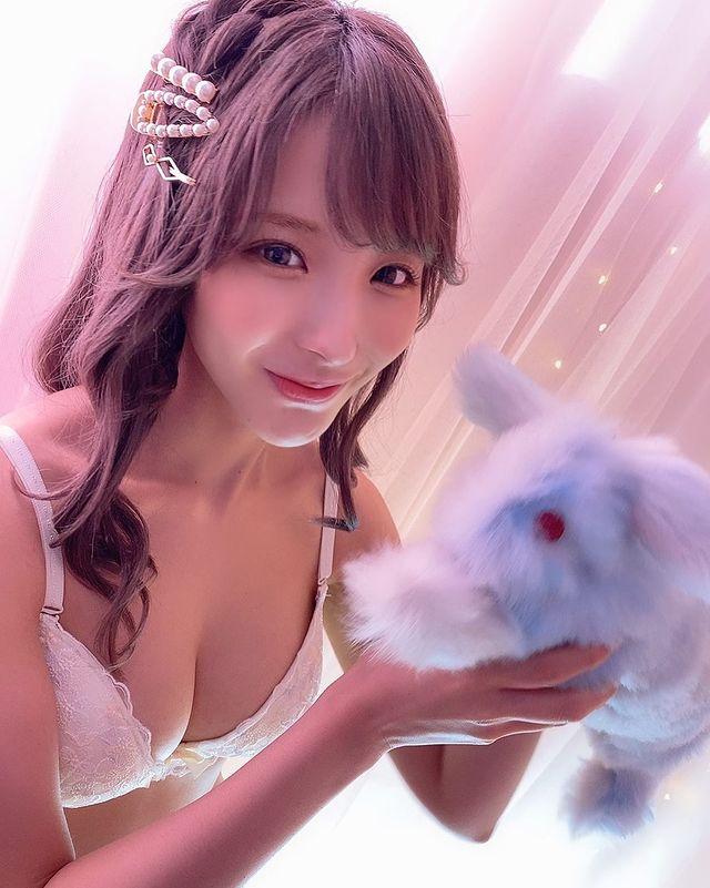 Kể chuyện bị bạn diễn bạo lực, nàng hot girl phim 18+ Nhật Bản khiến fan thương cảm, khen ngợi sự chuyên nghiệp - Ảnh 6.