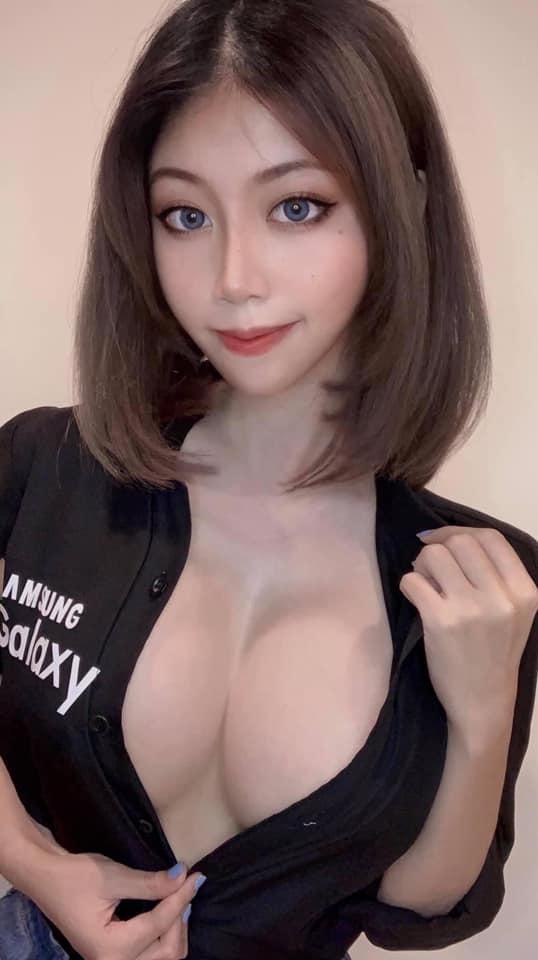Nữ trợ lý ảo của Samsung trở thành tiêu điểm với hàng loạt pha biến thân 18+ khoe thân nóng bỏng - Ảnh 3.