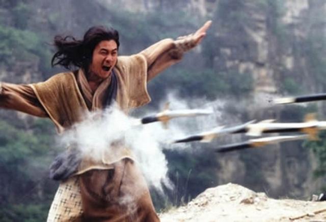 Nếu chỉ dùng Hàng Long bắn nhau, Quách Tĩnh liệu có thể đấm tay bo, chưởng tay đôi với Tiêu Phong? - Ảnh 7.