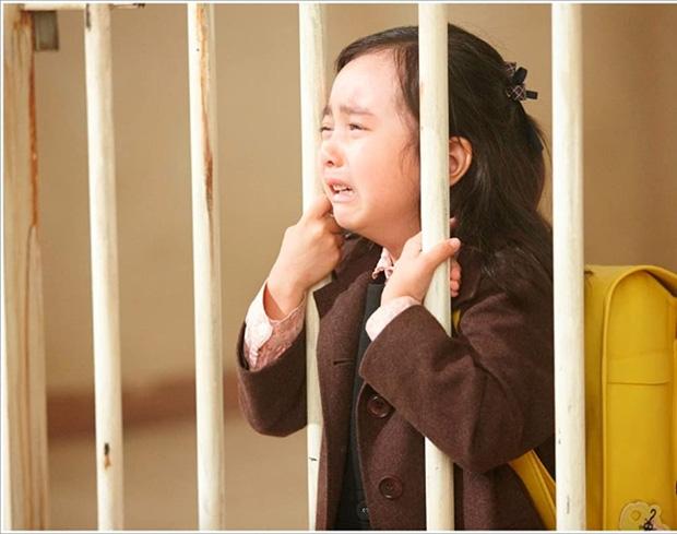 Án oan ấu dâm ngốn nước mắt khán giả của Điều Kỳ Diệu Ở Phòng Giam Số 7 là vụ án có thật, chính chủ khổ sở suốt 36 năm - Ảnh 3.