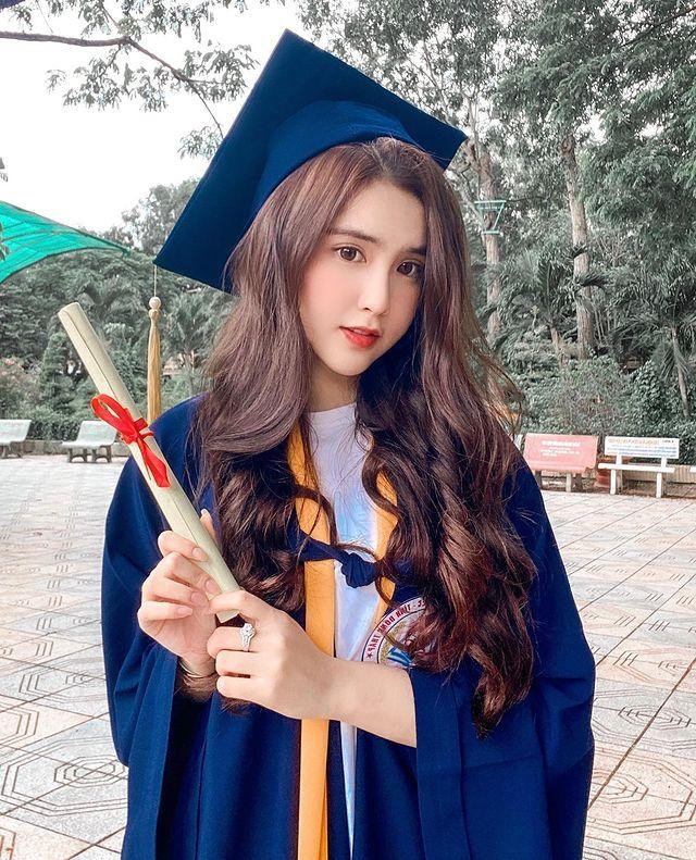 Quá xinh đẹp và gợi cảm, nàng hot girl Việt được CĐM nháo nhào xin link, bất ngờ khoe thu nhập gần trăm triệu mỗi tháng - Ảnh 5.