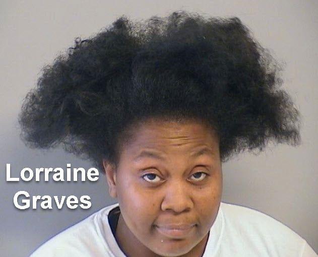 Đã bị truy nã còn lên Facebook hỏi tiền thưởng, nữ quái tội phạm bị cảnh sát túm cổ trong một nốt nhạc - Ảnh 2.