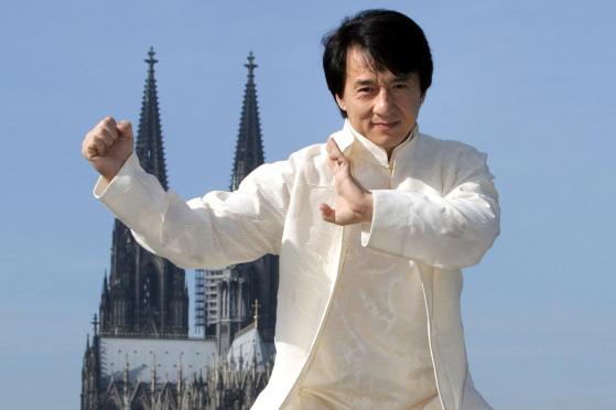 Thành Long không chỉ là biểu tượng võ thuật Trung Hoa mà còn là cảm hứng sáng tác cho nhiều mangaka nổi tiếng - Ảnh 1.