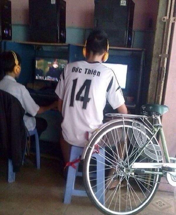 Mất xe, bị gank và những nỗi ám ảnh đầy hoài niệm của game thủ Việt ngày xưa chơi net cỏ, giới trẻ bây giờ đố mà hiểu được - Ảnh 2.