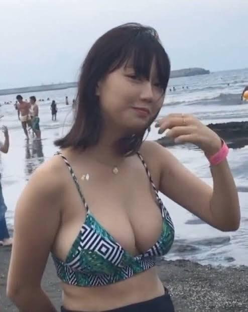 Khoe vòng một cân điện thoại dễ dàng, nàng hot girl gây sốc khi chia sẻ được hơn 30 người tán tỉnh mỗi ngày - Ảnh 5.