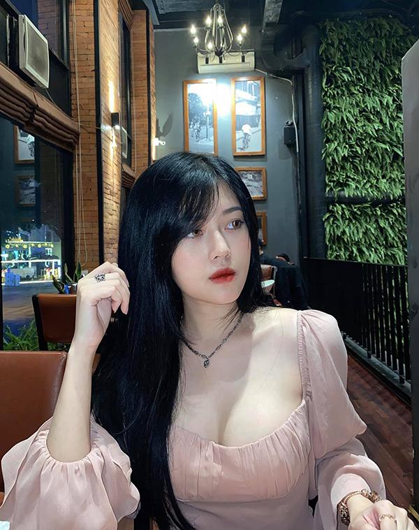 Hai nữ streamer Việt vừa cán mốc triệu follow, con số đáng nể mà nhiều đồng nghiệp nam còn đang phấn đấu - Ảnh 3.
