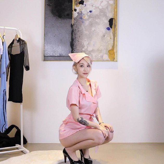 nữ YouTuber Wang Na Lượng người xem của nữ YouTuber tăng đột biến Photo-1-16291718423521329406678