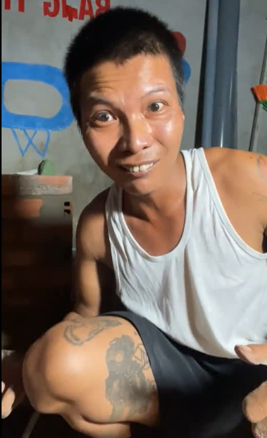 Dạy vợ cách trát vữa, làm phụ hồ, Lộc Fuho lập kỷ lục khi livestream, hút tới hơn 250.000 người xem trực tuyến - Ảnh 3.