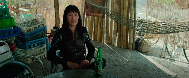 Chùm ảnh Việt Nam lên phim Hollywood về sát thủ gốc Việt: Cầu Rồng, non nước đầy thơ mộng nhưng có điểm lại rất sai! - Ảnh 4.