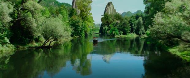 Chùm ảnh Việt Nam lên phim Hollywood về sát thủ gốc Việt: Cầu Rồng, non nước đầy thơ mộng nhưng có điểm lại rất sai! - Ảnh 7.
