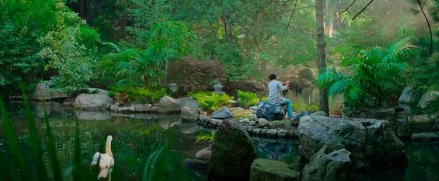 Chùm ảnh Việt Nam lên phim Hollywood về sát thủ gốc Việt: Cầu Rồng, non nước đầy thơ mộng nhưng có điểm lại rất sai! - Ảnh 12.