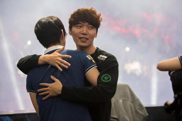 Cộng đồng Hàn Quốc bình chọn người chơi đường trên số 1 lịch sử: Tranh cãi nảy lửa về việc TheShy xếp trên Marin - Ảnh 3.