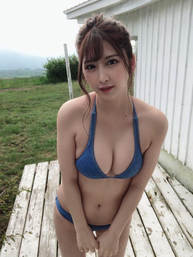 Hot girl phim 18+ khiến fan sốc nặng với chia sẻ công việc Photo-1-16316036454721949820710