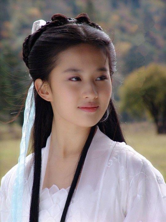 TOP 5 nữ nhân sở hữu võ công khủng khiếp nhất trong truyện Kim Dung, đụng nhầm có ngày xanh cỏ - Ảnh 3.