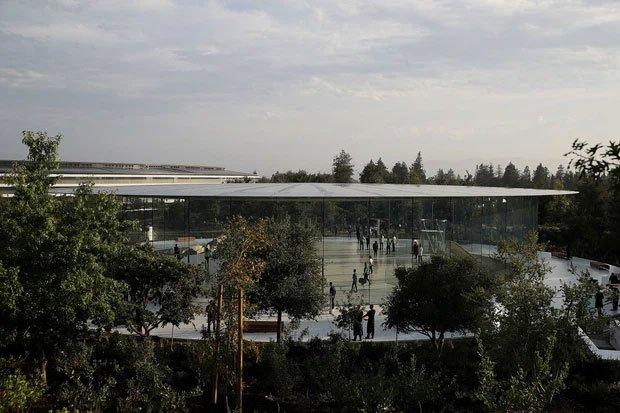 Cận cảnh Apple Park, trụ sở không hề 'gắn' vào Trái Đất của Apple, trị giá 5 tỷ USD - Ảnh 9.