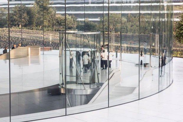 Cận cảnh Apple Park, trụ sở không hề 'gắn' vào Trái Đất của Apple, trị giá 5 tỷ USD - Ảnh 11.
