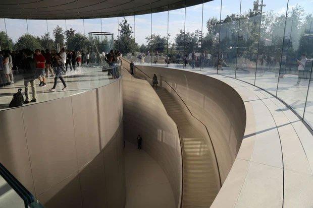 Cận cảnh Apple Park, trụ sở không hề 'gắn' vào Trái Đất của Apple, trị giá 5 tỷ USD - Ảnh 12.