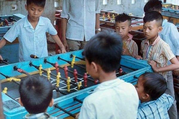 Nhìn lại những thú vui thời chưa có game online của giới trẻ Việt, cả bầu trời tuổi thơ như ùa về - Ảnh 17.