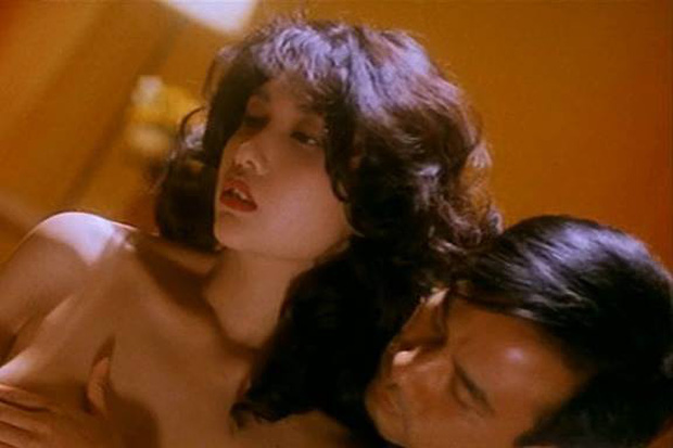 Đây là phim 18+ Hoa ngữ đặt tiền đề cho loạt bom tấn Marvel - DC, nữ chính nóng bỏng còn là crush trong tim của đạo diễn - Ảnh 9.