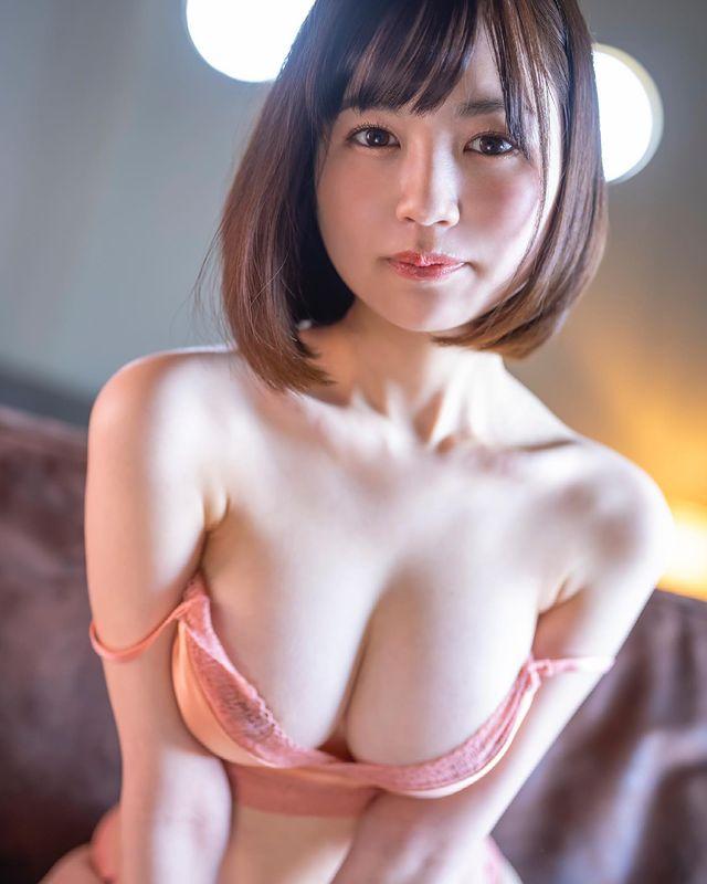 Lộ danh tính hot girl của dự án bom tấn kỷ lục trong làng phim 18+, được trả 21 tỷ cho màn debut - Ảnh 3.