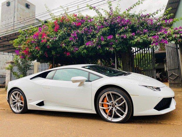 Thanh niên 9x học IT tậu xe Lamborghini Photo-1-16329319717761355984822