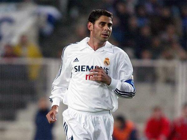 F. Hierro World Legend trong FIFA Online 3: Đẳng cấp đội trưởng ...