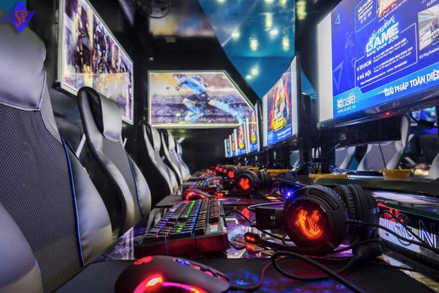 Việt Nam ngày càng có nhiều quán net tự nhận mình là Cyber game nhưng thực chat Cyber game phải như thế này cơ