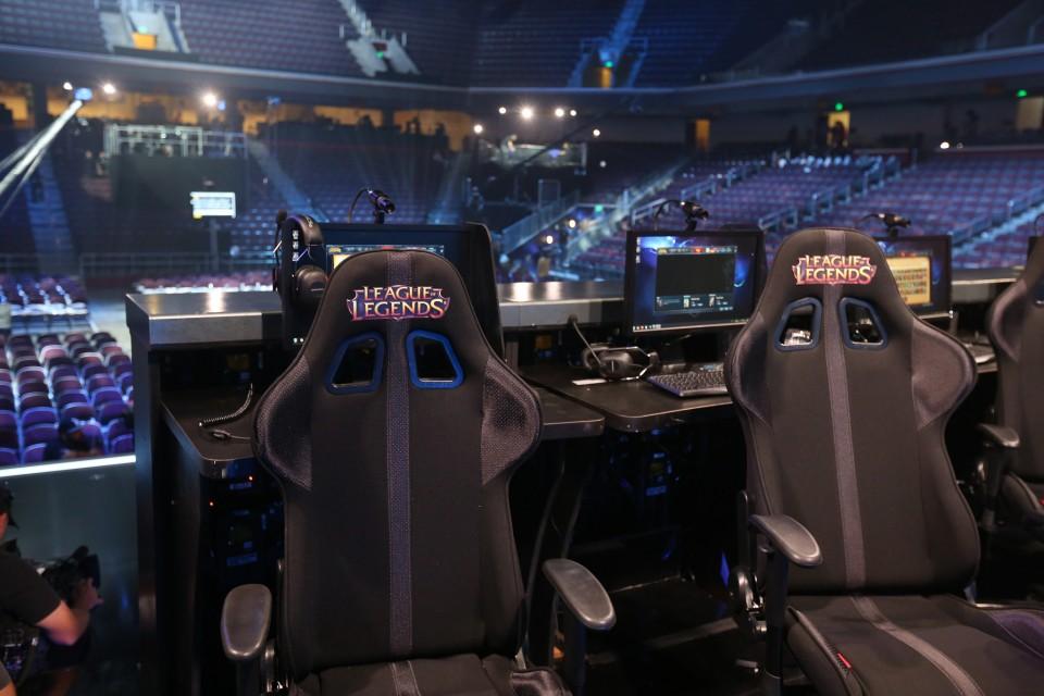 Xuất hiện chiếc ghế chơi game chỉ dành cho fan cuồng PUBG do người Việt lắp ráp 100%