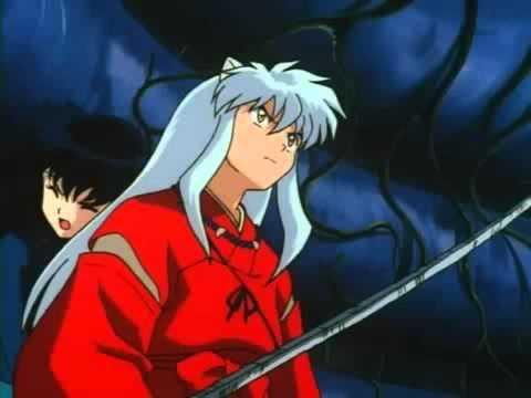 """Bình thường, Thiết Toái Nha có hình dạng của một thanh Katana """"rỉ sét"""" và sứt mẻ tứ tung nên Khuyển Dạ Xoa chỉ đơn giản sử dụng nó để chặt và chém như một thanh kiếm bình thường…"""