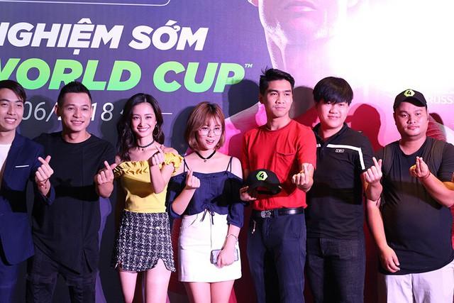 Tiền Zombie V4, từ anh chàng săn xác sống Đột Kích trở thành Hot Streamer Top 1 Việt Nam - Ảnh 3.
